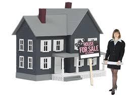 Rivolgersi all'agenzia immobiliare: conviene?