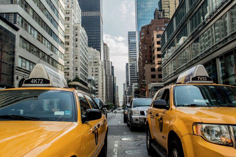 Autonoleggio con conducente: non si tratta di taxi